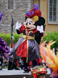 2015081007_disney_the_villains_world