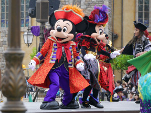 2015081008_disney_the_villains_world